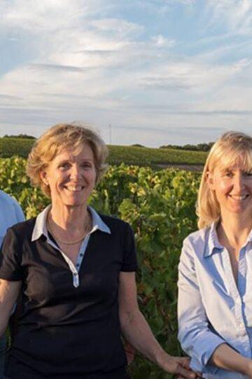 de makers van Champagne Gabriel Pagin & fils in de wijngaard